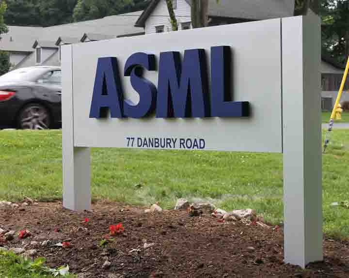 Asml post and panel sign