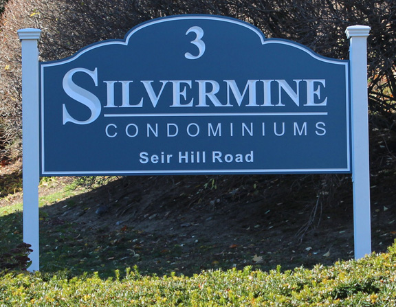 silverminepp post and panel sign