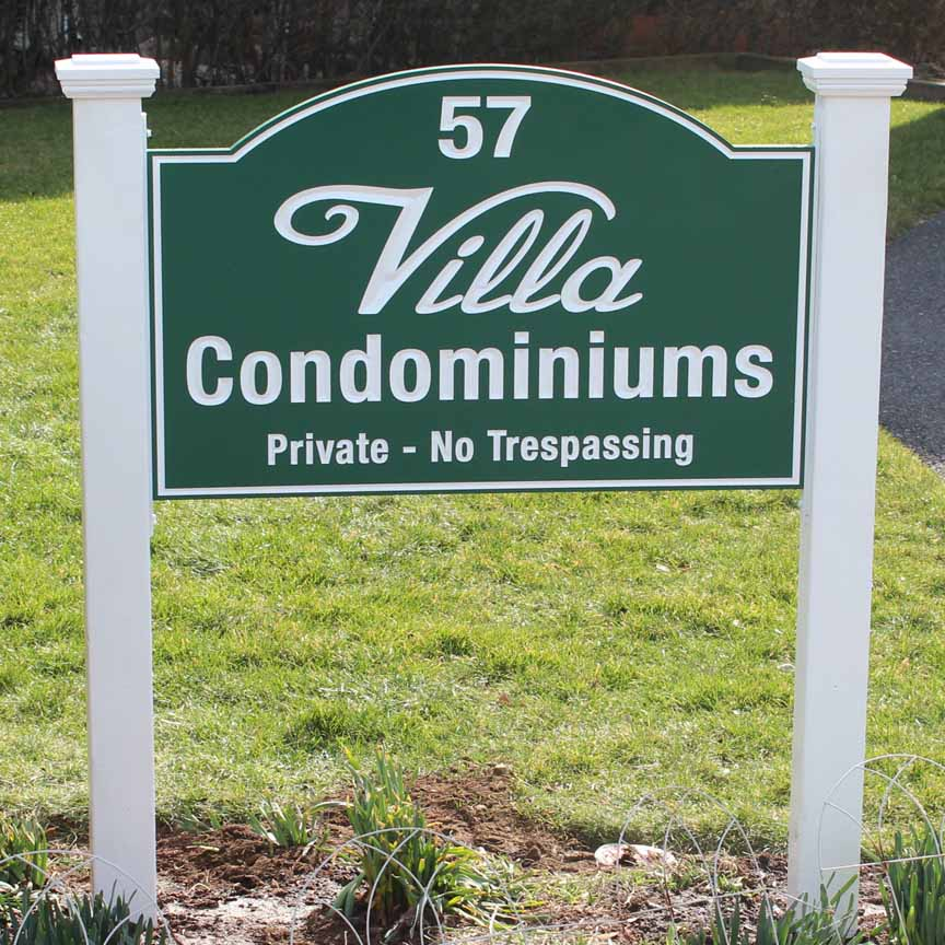 villa condominiums post and panel signs