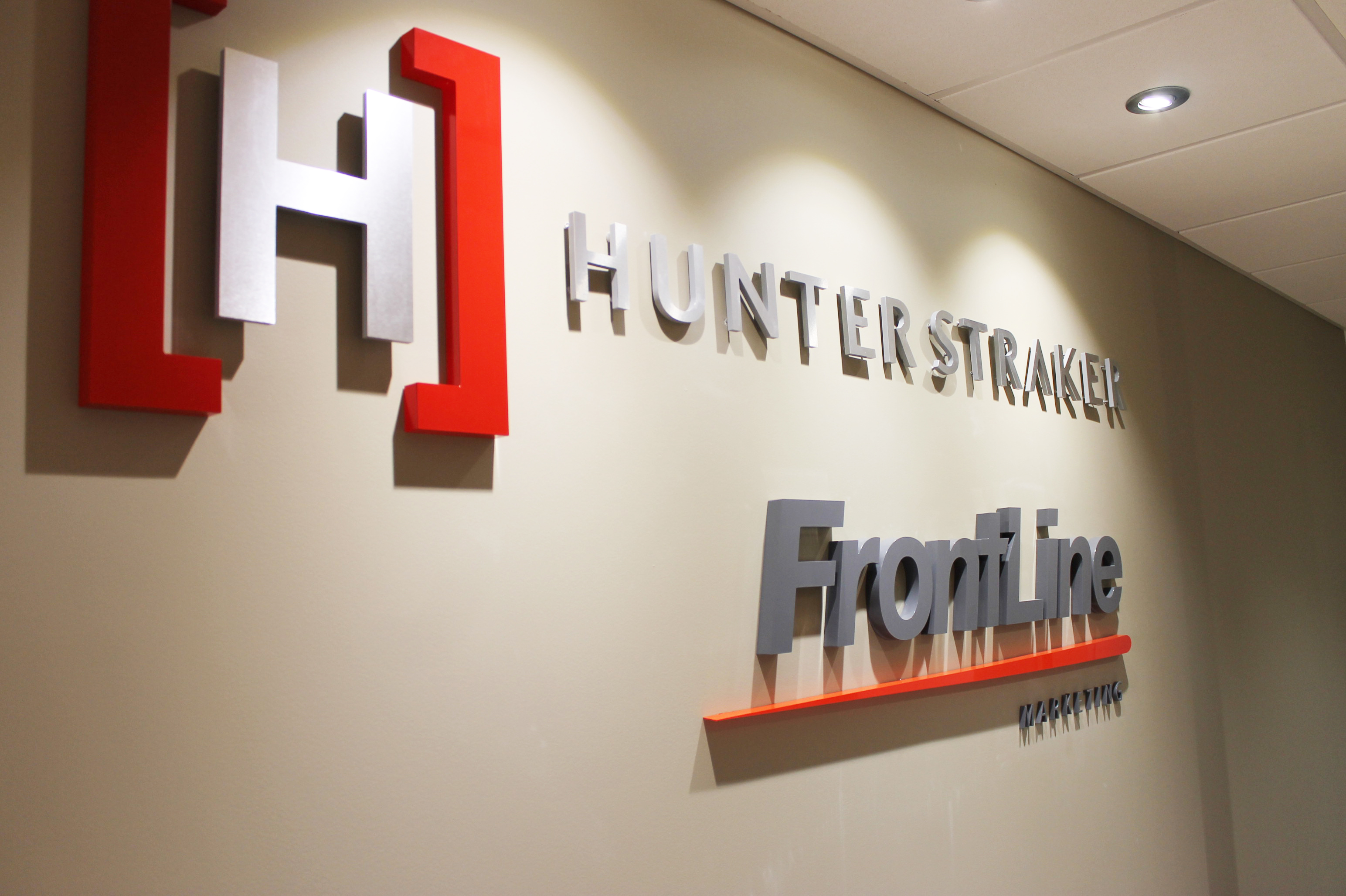 Hunter straker dimenional letter