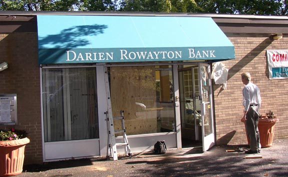 Dairen rowayton bank awnings
