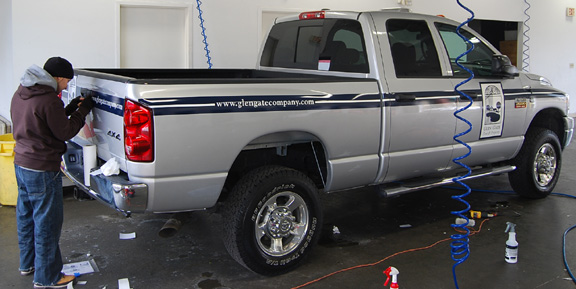 gg pickup vehicle lettering