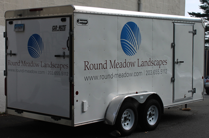 round meadow vehicle lettering