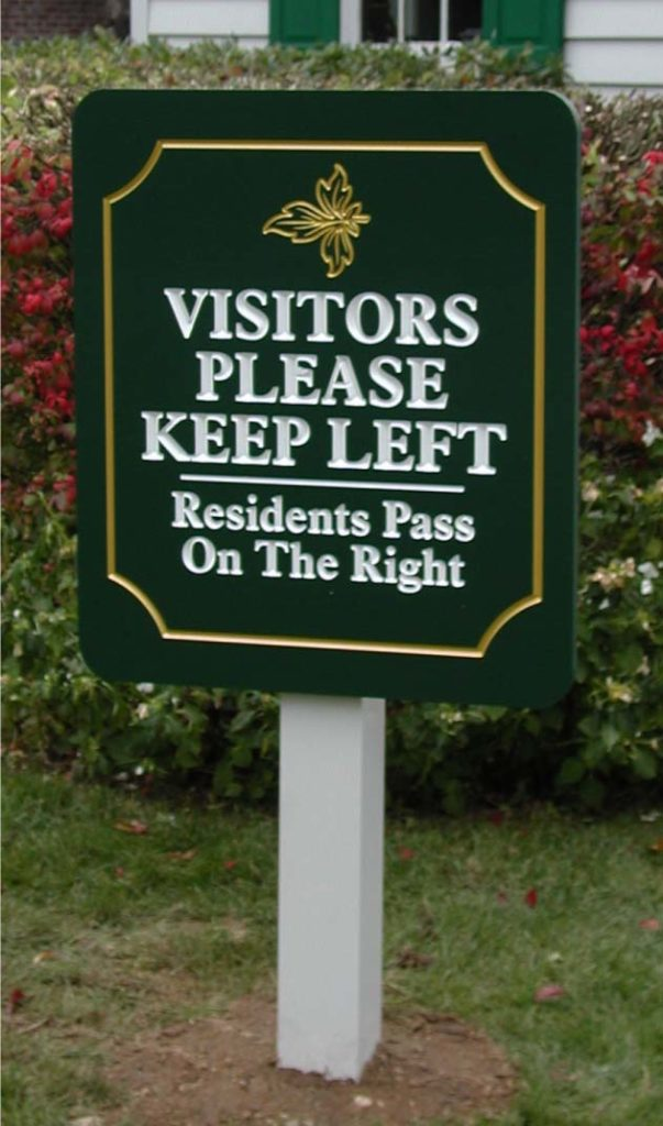 Visitors logo post and panel sign